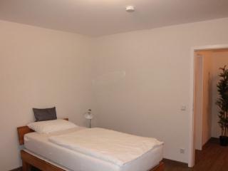 Frankfurt am Main - Service Apartment - Bedroom_